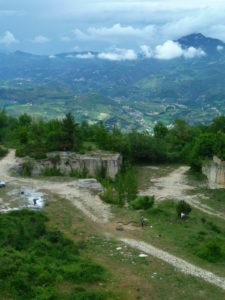 Ascoli-vista-dall-Cave-di-S-Marco-225x300